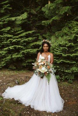 Boho style bride bouquet, forest wedding, large bouquet, king protea